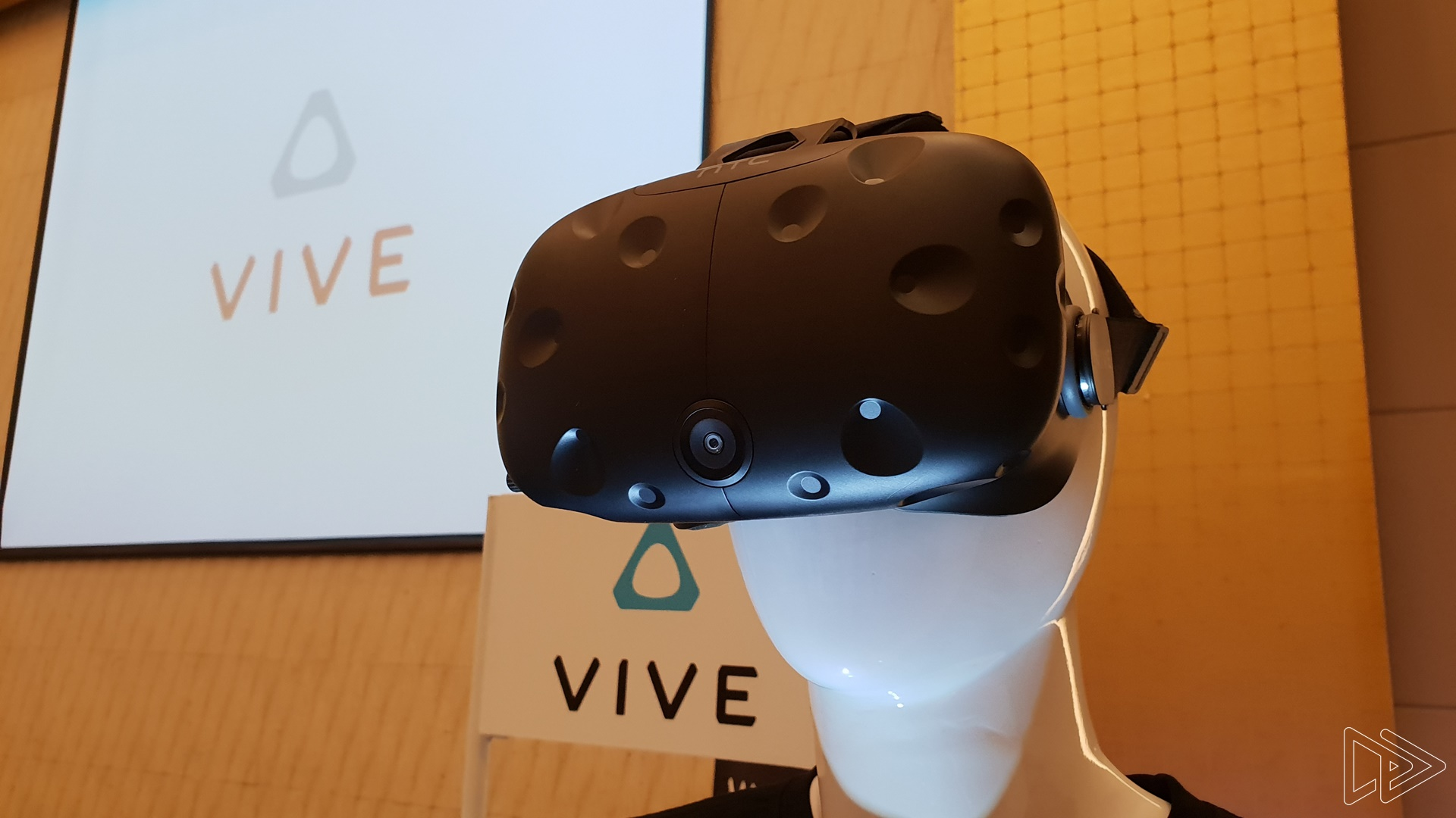 HTC Vive & Vive Pro Finally Land in Malaysia – Should You